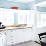 Beachcomber Cottage has a full kitchen and dining area.
