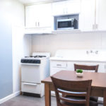 Water Tower Cottage has a full kitchen and dining area.